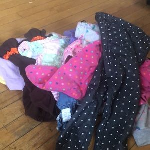 Small pile of 2-3t clothes all girls